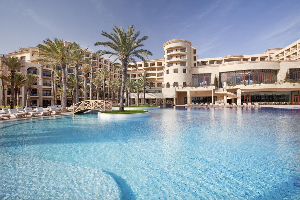 Movenpick Resort & Marine Spa 5*