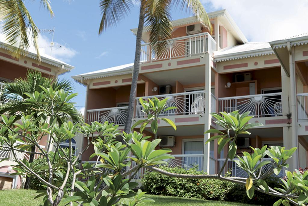 printemps voyages r sidence hoteli re diamant beach studio mezzanine appartements. Black Bedroom Furniture Sets. Home Design Ideas