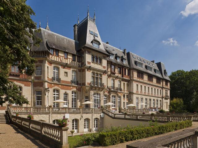 Château De Montvillargenne 4*