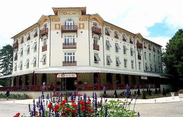 Hôtel Les Loges Du Parc 4*