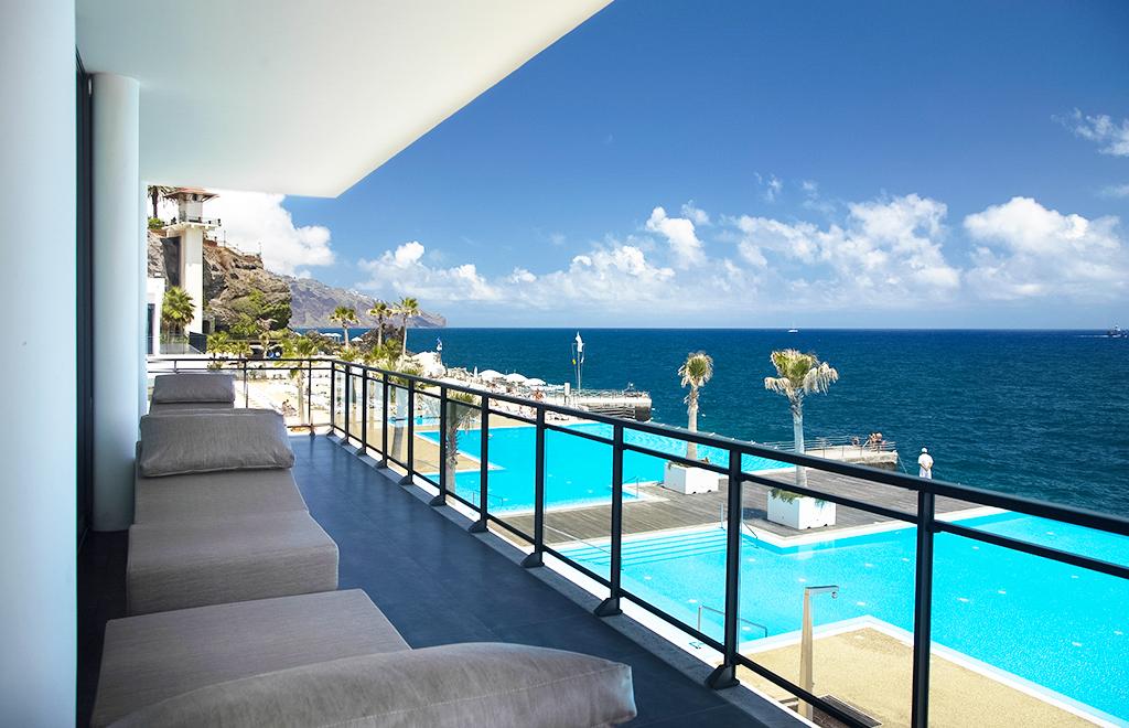 Séjour de 7 nuits à l'hôtel Vidamar Resorts Madeira 5* en demi-pension (avec vols + transferts)