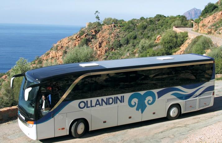 Les cars Ollandini Voyages dans les fameuses Calanche de Piana