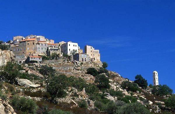 L'un des village des plus célèbres de Corse, surplombant la Balagne.