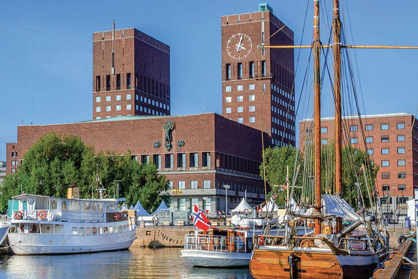 (Image) image Norvege Oslo port avec des bateaux  fo